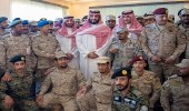 """بالفيديو.. سمو ولي العهد لـ """" العسكريين المرابطين """" : جهودكم سبب الاستمتاع بالعيد"""