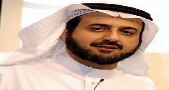 توفيق الربيعة يعلق على فيديو احتضان مدير مستشفى بريده لوالد طفل مريض