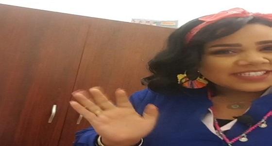 بالفيديو.. شيماء سيف تنفذ مقلب في زملائها بمساعدة زوجها