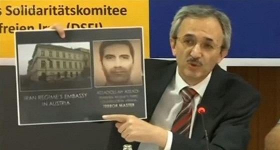دبلوماسي إيراني يحمل متفجرات داخل طائرة مدنية لعمل إرهابي بباريس