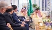 بالصور.. خادم الحرمين يتسلم أوراق اعتماد عدد من سفراء الدول الصديقة