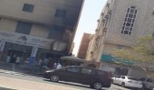 بالصور.. حريق يطال 13 عدادًا للكهرباء في بناية واحدة بالقطيف