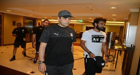 سر تواجد محمد صلاحفي غرفة منفردة بمعسكر المنتخب المصري