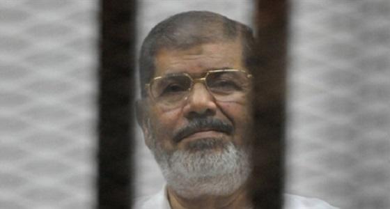 """النيابة تأمر بالتحفظ على كاميرات مراقبة محاكمة """" مرسي """" وتكشف لحظاته الأخيرة"""
