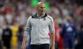 جماهير ريال مدريد تطالب بطرد زيدان عقب الهزيمة الفاضحة