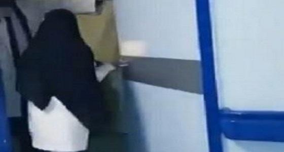 بالفيديو.. مصور واقعة مستشفى محايل يعتذر: فهمت الأمر خطأ