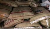 بالصور.. ضبط منشأة لتعبئة الأرز وتسويقه باسم تجاري مختلف في بريدة