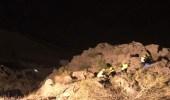بالصور.. إنقاذ مواطن سقط بمنحدرات صخرية في أبها