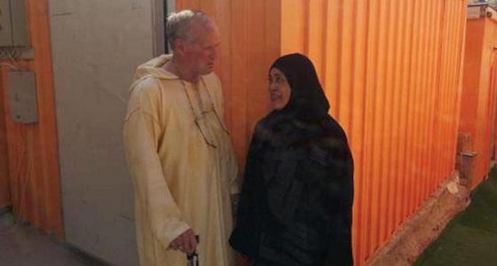 """شبيه """" جورج بوش """" في الحج يروي مواقف مثيرة ويكشف قصة إسلامه"""