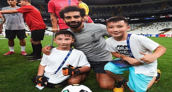 بالصور.. نجوم ليفربول يحققون أمنية أطفال من ذوي الهمم