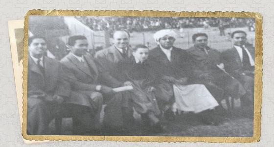 صورة نادرة لأول دفعة حكام ابتعثها الأمير عبدالله الفيصل لمصر