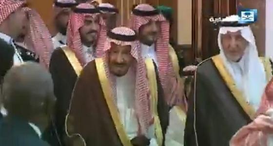 بالفيديو.. خادم الحرمين يقيم حفل الاستقبال السنوي لكبار ضيوف الرحمن