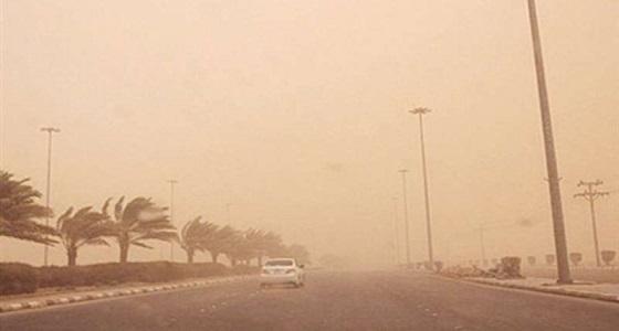 تنبيه.. تدني الرؤية في المدينة المنورة بسبب الغبار