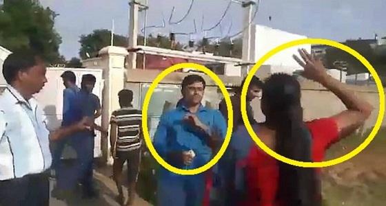 بالفيديو.. زوجتان لشاب هندوسي تنتقمان منه لمحاولة زواجه من ثالثة