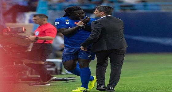غوميز يهاجم رازفان بعٌنف بعد استبداله أمام الفيحاء