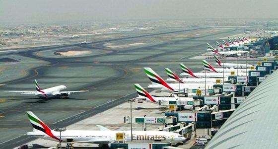 تأجيل وصول رحلات جوية إلى مطار دبي اشتباهًا في نشاط طيران مسيّر