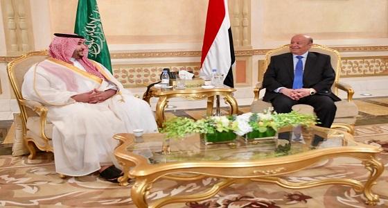 تفاصيل لقاء الأمير خالد بن سلمان والرئيس اليمني