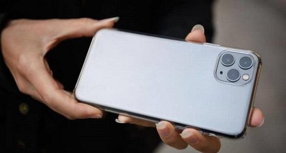« أبل » تبعث رسالة تحذيرية لمستخدميهواتف آيفون 11