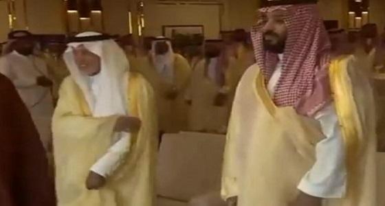 بالفيديو.. وصول ولي العهد مقر الحفل الختامي لـ مهرجان الهجن الثاني