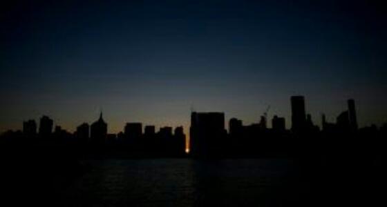 علماء ينجحون في توليد الكهرباء من الظلام