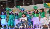 بالصور.. فتيات يؤدين السلام الملكي بلغة الإشارة في تبوك