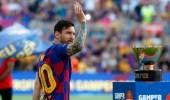 رئيس برشلونة: بإمكان ميسي مغادرة الفريق قبل عام 2021