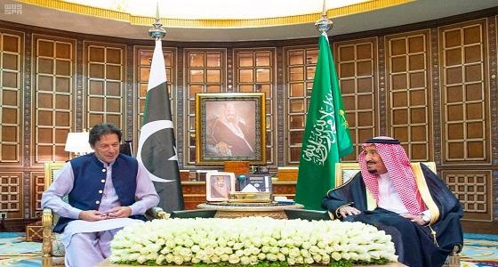 خادم الحرمين الشريفين يستقبل رئيس وزراء جمهورية باكستان الإسلامية