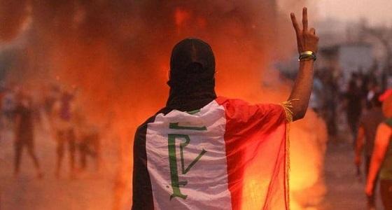 حكومة العراق تفاجئ المتظاهرين بحزمة إصلاحات جديدة