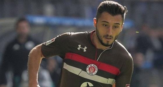 طرد لاعب تركي من ناديه الألماني لدعمه التحرك العسكري بسوريا
