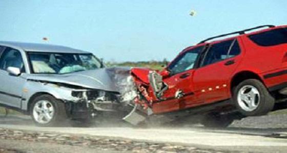 إصابات في اصطدام مركبتين بالعاصمة المقدسة