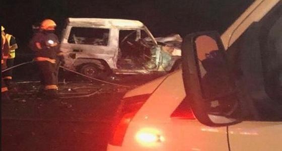 وفاة عائلية بالكامل في حادث اشتعال مركبتين وتفحم الجثث