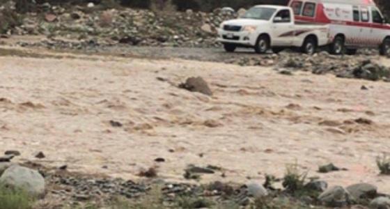 تفاصيل احتجاز 7 معلمات وطفل في وادي الريم