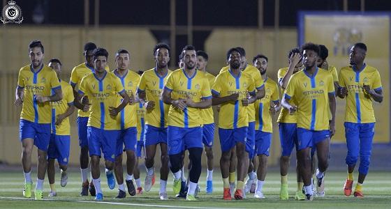 بالصور.. أحمد موسى يعود إلى تدريبات النصر