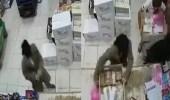 سطو مسلح على محل تموينات بتبوك (فيديو)