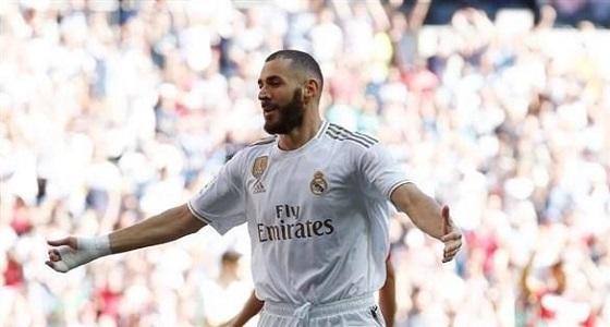 ريال مدريد يتعاقد مع بنزيما براتب 11 مليون يورو
