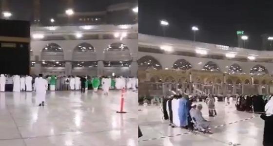 بالفيديو.. هطول أمطار على زوار المسجد الحرام