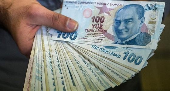 انهيار العملة التركية مع الهجوم المرتقب على سوريا