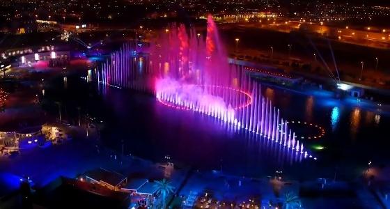 بالفيديو.. مجهولون يعتدون على مجسمات موسم الرياض ويحطمونها