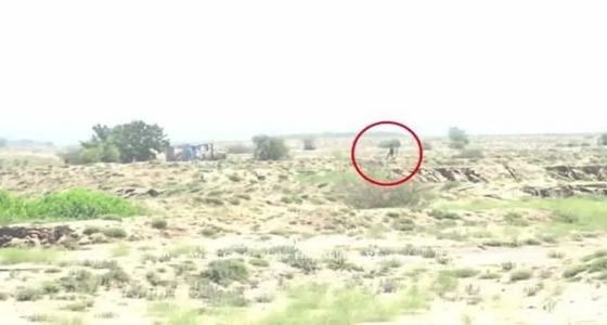 بالفيديو.. فرار الحوثيين أمام الجيش اليمني في حجة
