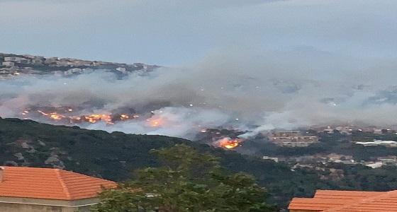 فيديو لمؤذن بمسجد في لبنان يدعو المسيحين للدخول والاحتماء من الحرائق