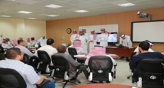 """جامعة الجوف ومركز الملك عبدالعزيز للحوار الوطني يختتمان برنامج """" مهارات الاتصال في الحوار """""""