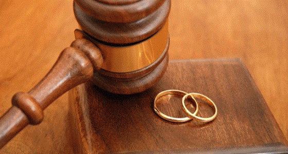 رجل يطلب الطلاق بعدما وافقت زوجته على عريس جديد