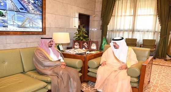الأمير فيصل بن بندر يستقبل رئيس فرع النيابة العامة بمنطقة الرياض