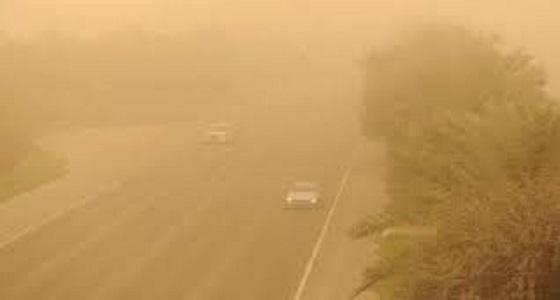 موجة غبار كثيفة على جدة وطريق الساحل