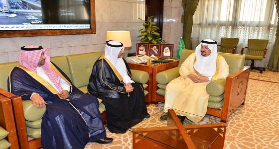 أمير منطقة الرياض يستقبل مدير البريد السعودي بالمنطقة