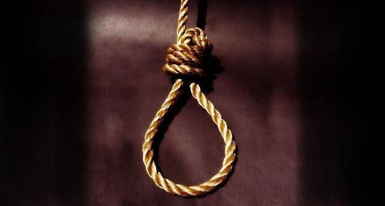 الإعدام لرجل قتل زوجته الأولى بمساعدة الثانية ودفناها بالمنزل