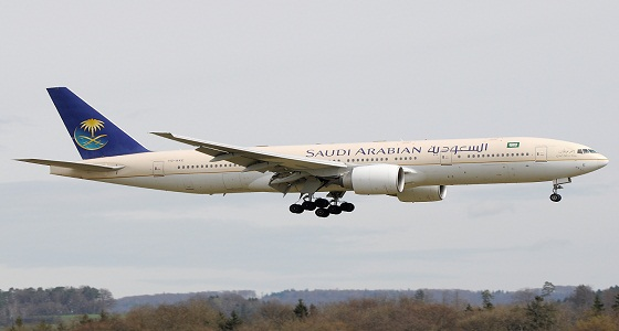 رفض تعويض متضررين عن تأخر رحلتهم في «الخطوط السعودية»