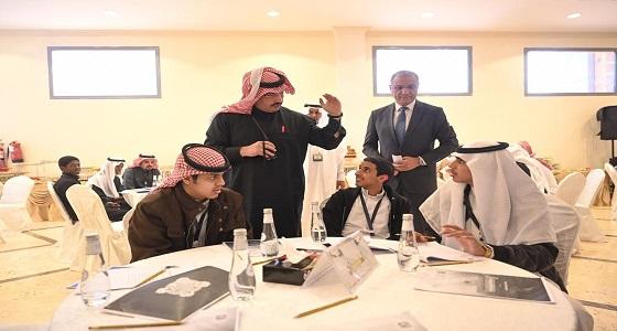 الأمير تركي بن طلال يرعى ورشة عمل المركز الشبابي بخميس مشيط