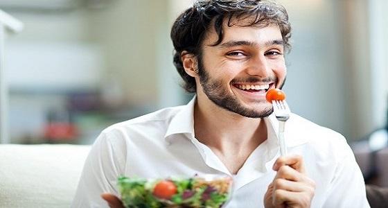13 نوع من الأطعمة تجلب السعادة وتحسن المزاج
