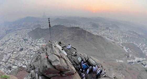 مصرع معتمر أفغاني بعد سقوطه من قمة غار «حراء»